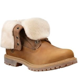 Size 9 Timberland Shearling Fold Down Boots